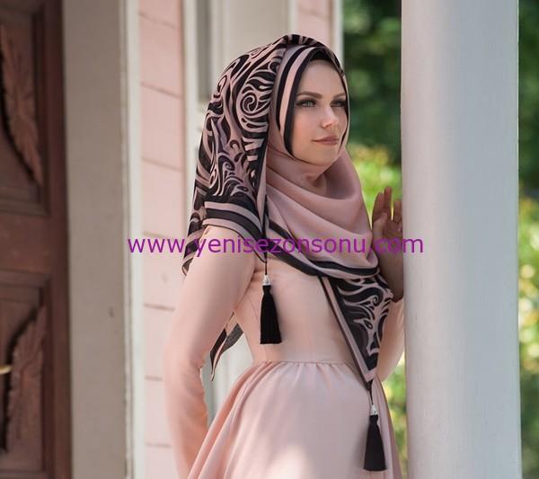 Muslima Wear Püsküllü Şal