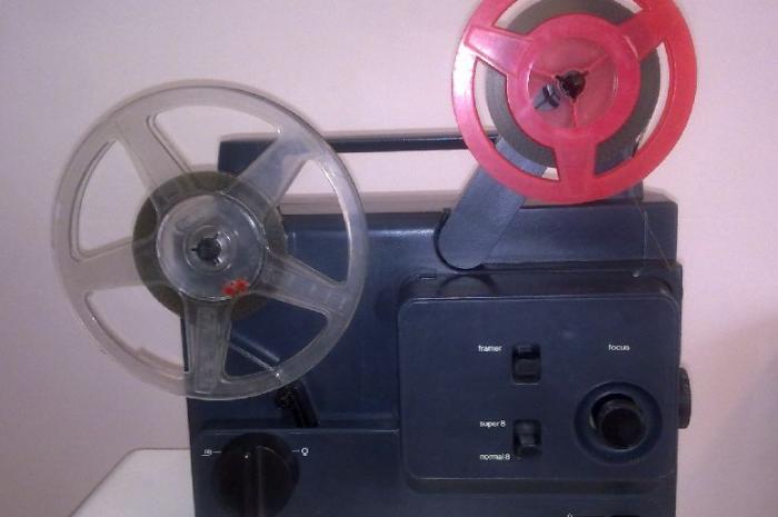 antika film makinesi 9 milimetrelik her türlü filmi gösterir