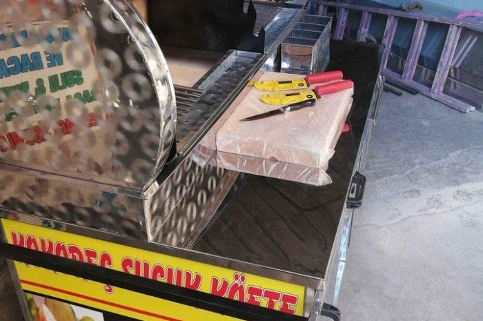 150 cm kokoreç ve köfte tezgahı, arabası sıfır gibi yeni